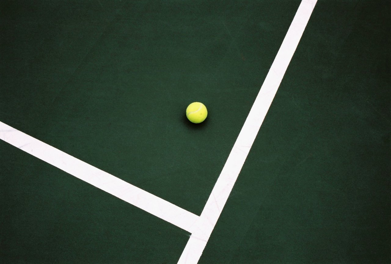 Tennis_Court__s_Lines___Ball_by_Lips16