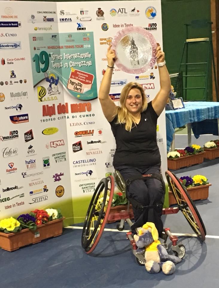 Giulia Capocci  vincente del singolo e doppio al torneo ITF di Cuneo